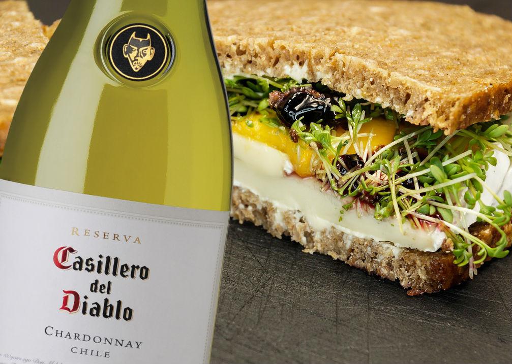 sandwich queso bree