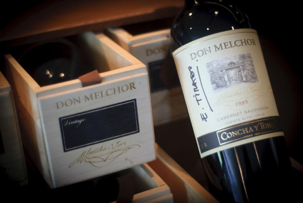 Botella firmada Don Melchor