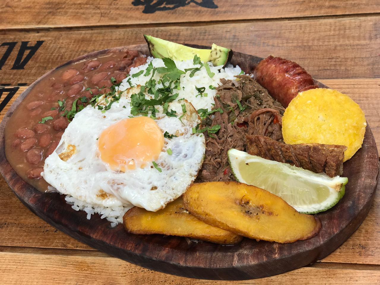 Mercado Medellin 19