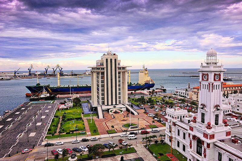 Puerto de Veracruz – CC Eduardo Pavon